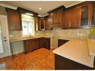 "Photo 3: 7776 TAULBUT Street in Mission: Mission BC House for sale in ""Centennial Park"" : MLS®# F1326641"