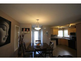 Photo 10: 9191 SADDLEBROOK Drive NE in CALGARY: Saddleridge Residential Detached Single Family for sale (Calgary)  : MLS®# C3620162