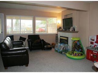 """Photo 9: 4633 222A Street in Langley: Murrayville House for sale in """"Murrayville"""" : MLS®# F1426227"""