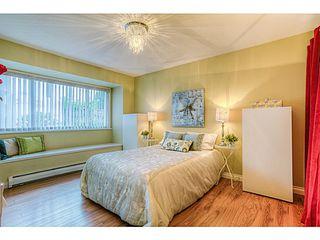 Photo 6: 4683 DARWIN Avenue in Burnaby: Burnaby Hospital House 1/2 Duplex for sale (Burnaby South)  : MLS®# V1103438