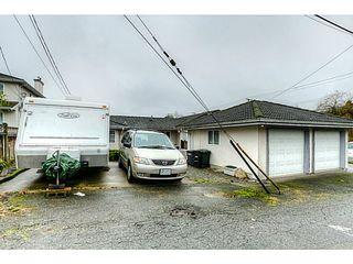 Photo 17: 4683 DARWIN Avenue in Burnaby: Burnaby Hospital House 1/2 Duplex for sale (Burnaby South)  : MLS®# V1103438