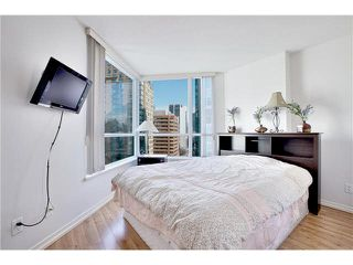 "Photo 14: 1504 1212 HOWE Street in Vancouver: Downtown VW Condo for sale in ""1212 HOWE"" (Vancouver West)  : MLS®# V1109901"