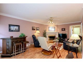 "Photo 6: 54 15860 82 Avenue in Surrey: Fleetwood Tynehead Townhouse for sale in ""Oak Tree"" : MLS®# F1438812"
