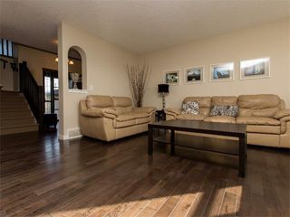 Photo 4: 122 COUGARSTONE Close SW in Calgary: Cougar Ridge House for sale : MLS®# C4010955