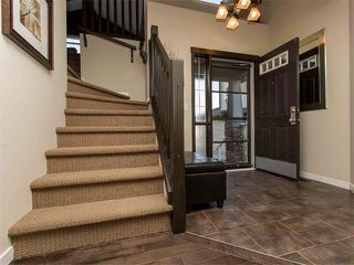Photo 3: 122 COUGARSTONE Close SW in Calgary: Cougar Ridge House for sale : MLS®# C4010955