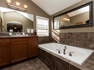 Photo 23: 122 COUGARSTONE Close SW in Calgary: Cougar Ridge House for sale : MLS®# C4010955