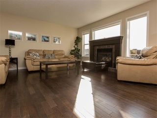 Photo 5: 122 COUGARSTONE Close SW in Calgary: Cougar Ridge House for sale : MLS®# C4010955