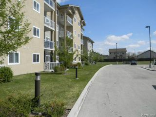 Photo 3: 230 Fairhaven Road in WINNIPEG: River Heights / Tuxedo / Linden Woods Condominium for sale (South Winnipeg)  : MLS®# 1512781
