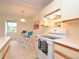 Photo 8: 303 1680 Poplar Avenue in VICTORIA: SE Mt Tolmie Condo Apartment for sale (Saanich East)  : MLS®# 358154