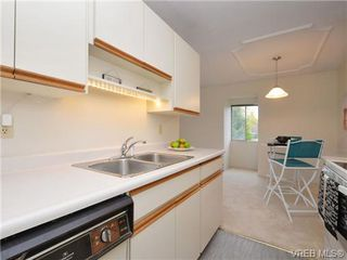 Photo 6: 303 1680 Poplar Avenue in VICTORIA: SE Mt Tolmie Condo Apartment for sale (Saanich East)  : MLS®# 358154