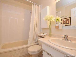 Photo 12: 303 1680 Poplar Avenue in VICTORIA: SE Mt Tolmie Condo Apartment for sale (Saanich East)  : MLS®# 358154