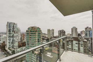 """Photo 8: 2008 1351 CONTINENTAL Street in Vancouver: Downtown VW Condo for sale in """"MADDOX"""" (Vancouver West)  : MLS®# R2028092"""