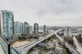 """Photo 17: 2008 1351 CONTINENTAL Street in Vancouver: Downtown VW Condo for sale in """"MADDOX"""" (Vancouver West)  : MLS®# R2028092"""