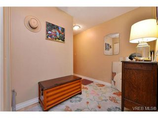Photo 10: 101 1031 Burdett Ave in VICTORIA: Vi Downtown Condo for sale (Victoria)  : MLS®# 723639