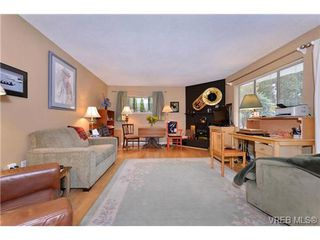 Photo 9: 101 1031 Burdett Ave in VICTORIA: Vi Downtown Condo for sale (Victoria)  : MLS®# 723639