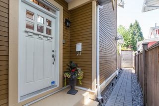 Photo 2: 3125 WINDSOR Street in Vancouver: Mount Pleasant VE House 1/2 Duplex for sale (Vancouver East)  : MLS®# R2069445