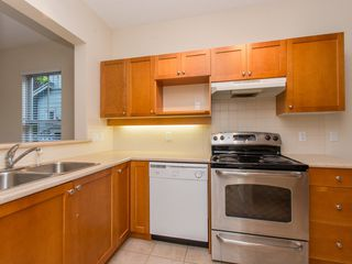 "Photo 7: 245 15 SIXTH Avenue in New Westminster: GlenBrooke North Townhouse for sale in ""CROFTON"" : MLS®# R2074537"