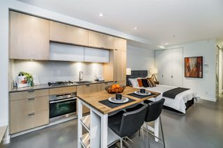 "Photo 10: 401 12 WATER Street in Vancouver: Downtown VW Condo for sale in ""THE GARAGE"" (Vancouver West)  : MLS®# R2083335"