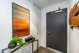 "Photo 2: 401 12 WATER Street in Vancouver: Downtown VW Condo for sale in ""THE GARAGE"" (Vancouver West)  : MLS®# R2083335"
