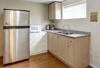 Photo 17: 2018 E BROADWAY in Vancouver: Grandview VE House 1/2 Duplex for sale (Vancouver East)  : MLS®# R2095432