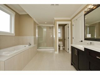 Photo 12: 6809 206 Street in Langley: Willoughby Heights House for sale : MLS®# R2099387