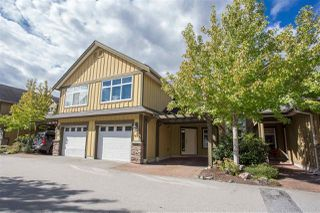 "Photo 1: 40 41050 TANTALUS Road in Squamish: Tantalus Townhouse for sale in ""Greenside Estates"" : MLS®# R2106957"