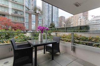 """Photo 6: 501 535 SMITHE Street in Vancouver: Downtown VW Condo for sale in """"Dolce at Symphony Place"""" (Vancouver West)  : MLS®# R2121616"""