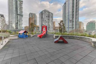 """Photo 9: 501 535 SMITHE Street in Vancouver: Downtown VW Condo for sale in """"Dolce at Symphony Place"""" (Vancouver West)  : MLS®# R2121616"""