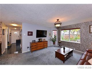 Photo 6: 2316 Victor St in VICTORIA: Vi Fernwood Half Duplex for sale (Victoria)  : MLS®# 745946