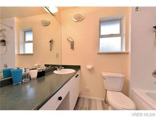 Photo 17: 2316 Victor St in VICTORIA: Vi Fernwood Half Duplex for sale (Victoria)  : MLS®# 745946