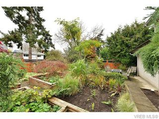 Photo 19: 2316 Victor St in VICTORIA: Vi Fernwood Half Duplex for sale (Victoria)  : MLS®# 745946