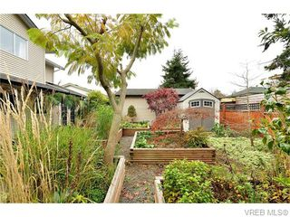 Photo 20: 2316 Victor St in VICTORIA: Vi Fernwood Half Duplex for sale (Victoria)  : MLS®# 745946