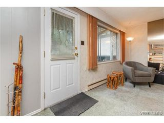 Photo 3: 2204 Malaview Ave in SIDNEY: Si Sidney North-East House for sale (Sidney)  : MLS®# 752256