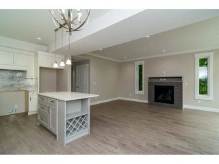 Photo 10: 2718 MCMILLAN Road in Abbotsford: Abbotsford East House for sale : MLS®# R2152217