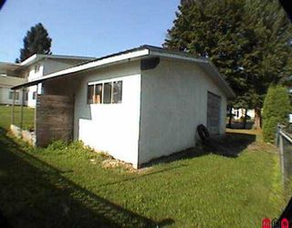 "Photo 4: 2956 - 2958 268A ST in Langley: Aldergrove Langley Fourplex for sale in ""Aldergrove"" : MLS®# F2518682"