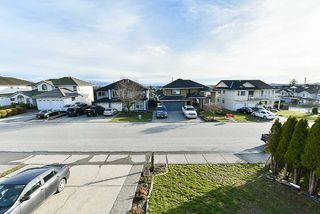 Photo 13: 31265 COGHLAN Place in Abbotsford: Abbotsford West House for sale : MLS®# R2171038