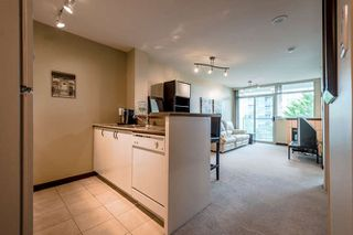 Photo 7: 302 2733 CHANDLERY PLACE in Vancouver: Fraserview VE Condo for sale (Vancouver East)  : MLS®# R2169175