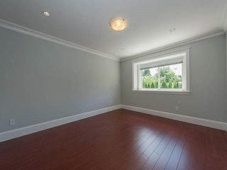 Photo 5: 5440 OAKLAND Street in Burnaby: Forest Glen BS House 1/2 Duplex for sale (Burnaby South)  : MLS®# R2181211
