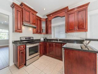 Photo 3: 5440 OAKLAND Street in Burnaby: Forest Glen BS House 1/2 Duplex for sale (Burnaby South)  : MLS®# R2181211