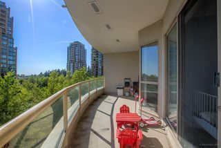 "Photo 17: 507 6838 STATION HILL Drive in Burnaby: South Slope Condo for sale in ""THE BELGRAVIA"" (Burnaby South)  : MLS®# R2185775"