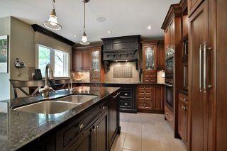 Photo 3: 2265 Carpenters Circle in Oakville: Glen Abbey House (2-Storey) for sale : MLS®# W3893815