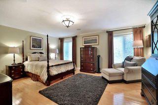 Photo 7: 2265 Carpenters Circle in Oakville: Glen Abbey House (2-Storey) for sale : MLS®# W3893815