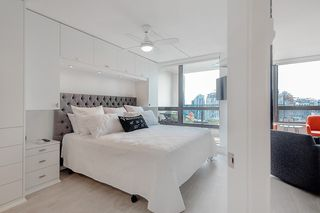 Photo 2: 1922 938 SMITHE STREET in Vancouver: Downtown VW Condo for sale (Vancouver West)  : MLS®# R2194888