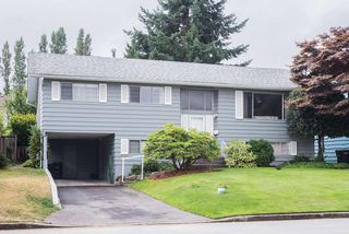 Photo 2: 4416 SARATOGA COURT in Burnaby: Garden Village House for sale (Burnaby South)  : MLS®# R2205274