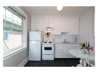 Photo 3: # 303 1545 W 13TH AV in Vancouver: Fairview VW Condo for sale (Vancouver West)  : MLS®# V1138408