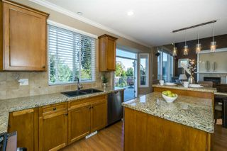 Photo 8: 6832 198B Street in Langley: Willoughby Heights House for sale : MLS®# R2212202