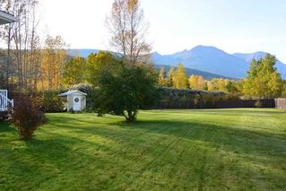 "Photo 2: 4567 ALFRED Crescent in Smithers: Smithers - Town House for sale in ""Wildwood"" (Smithers And Area (Zone 54))  : MLS®# R2212533"