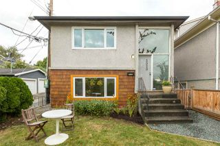 "Photo 1: 2020 VICTORIA Drive in Vancouver: Grandview VE House for sale in ""COMMERCIAL DRIVE"" (Vancouver East)  : MLS®# R2213057"