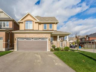 Main Photo: 27 Berberis Crescent in Brampton: Northwest Brampton House (2-Storey) for sale : MLS®# W3955906