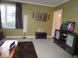 Photo 3: 630 Cambridge Street in Winnipeg: River Heights Residential for sale (1D)  : MLS®# 1800892